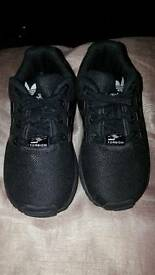 Toddler Size 6 Adidas Trainers Immaculate