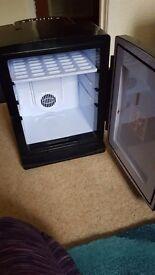 Small Black beer/drinks fridge