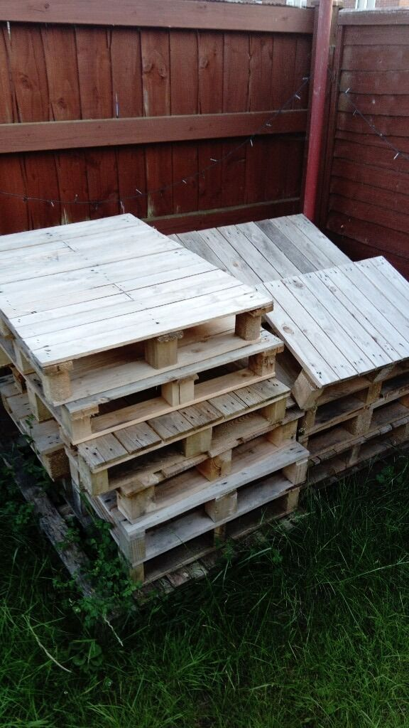Pallets small and normalin Exeter, DevonGumtree - Pallets for sale 2 pound for small 3 for big or if want all could do a deal as just want them gone