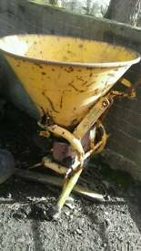 Pierce fertiliser sower spinner