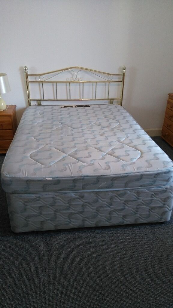 Divan bed and mattressin Leith, EdinburghGumtree - Divan bed with drawers in reasonably good condition. Headboard detachable. Spring mattress in blue/green colour matches divan. COLLECTION ONLY. FREE