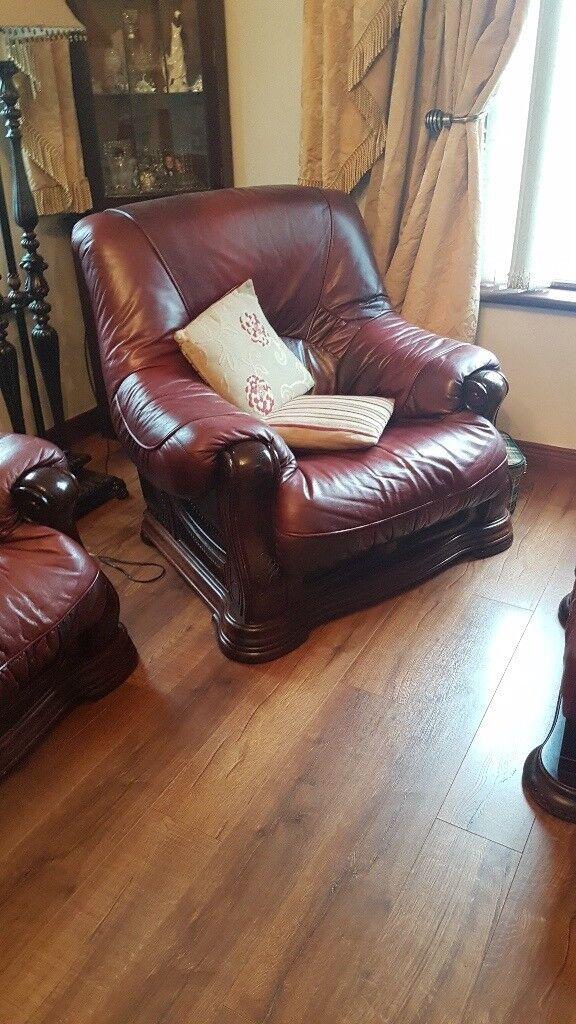 Leather Suite 3/1/1 + Footstool