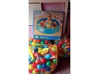 Pop up ball pool
