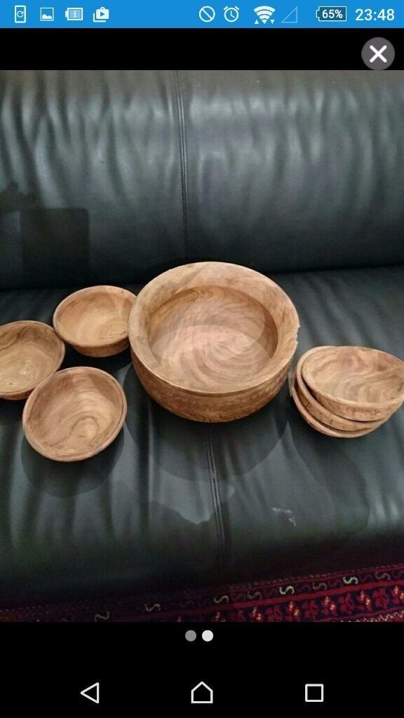 7 pieces decorative wooden bowls.