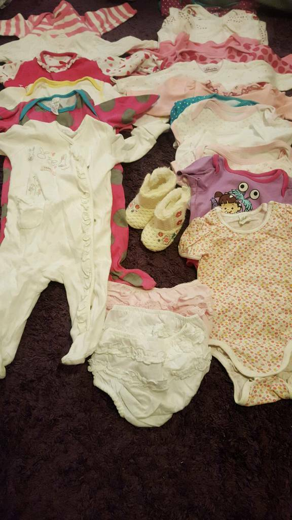 Girls clothes bundle 3-6 months MUST GO BY 9TH DEC