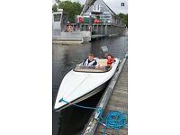 Speedboat 14ft Hustler with engine
