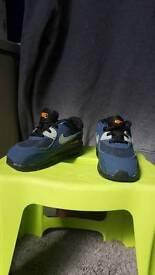 Kids Nike trainers size 6.5 barley worn