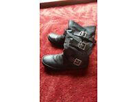 Rocket Dog Ladies Boots Size 5
