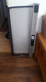 Volvo V50 Retractable Luggage Net Dog Guard for 2005 Estate, in excellent new condition, £28