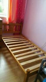 Single bed hardly used