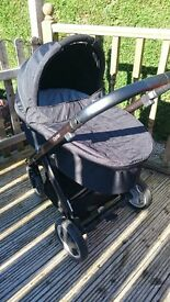 Oyster carrycot & pushchair. Brand new colour packs included.