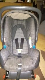Britax baby car seat, with ISOFIX, sunshade head cushion, excellent condition