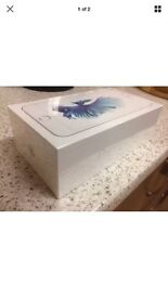 Apple IPhone 6S Plus 128Gb Silver Unlocked Immaculate as New, less than 2 months old,+ receipt & box