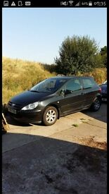 peugeot 307 breaking for parts.