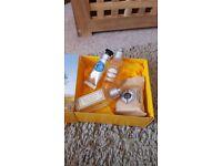 L'Occitane Travel/Miniatures in Box – brand new