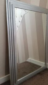 LARGESTEPPRD SILVER FRAMED BEVELLED MIRROR CAN BE HUNG EITHER WAY