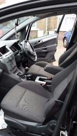 Vauxhall Zafira SRI XP CDTI, Black Good Condition Low Mileage with Service history.