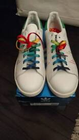 San smith originals adidas trainers