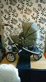 Mothercare Xpedior Khaki travel Pram/push chair