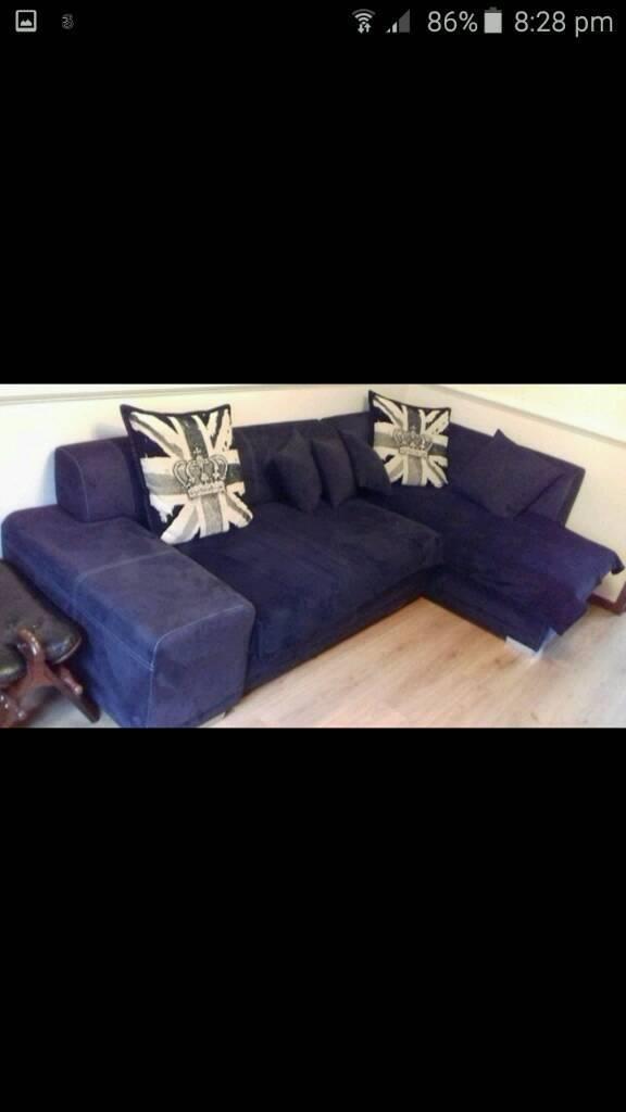 Dark Blue Velvet Corner Sofa Bed In Chatteris Cambridgeshire