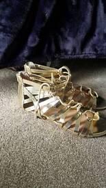 Gold sandals size 7 flat