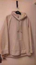 lovwely size 20 warm winter jumper hardly worn