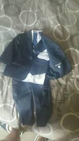 Boys 5 piece suit (12-18 months)