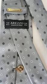 Arezzo silver spot tie