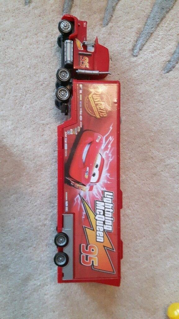 Lightning McQueen foldable truck