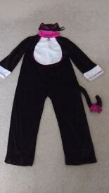 Premium quality 3 piece cat costume. Age 6-8. For halloween, world book day, fancy dress.
