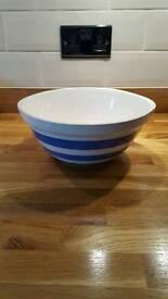 Original T G Green mixing bowl