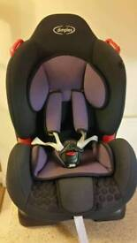 Child's car seat by dimples Group 1 (9-18kg)