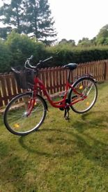 """Bike 28"""" in excellent condition"""
