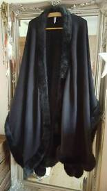 ladies long blk Cape with fur right round from m&s