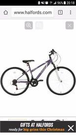 Women's Mountain Bike Brand New, 17in, includes bike lock and women's helmet. Lights installed.
