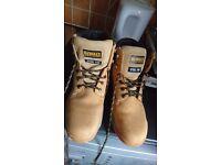 Dewalt industrial footwear