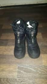 ROMIKA snow boots size infants 11.5