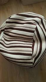 Pouffe cream with brown stripes