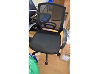 Mesh Office Chair (X4) each cost £30