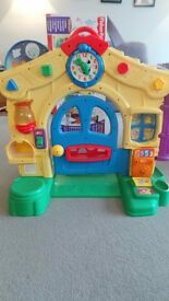 Fisher Price Laugh and Learn, Learning House