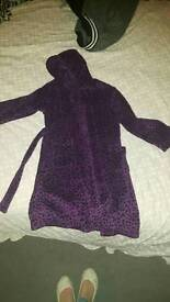 7/8 yr girls dressing gown