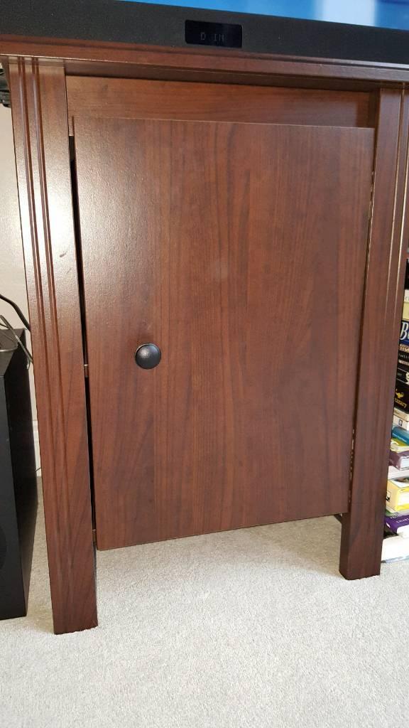 Small cupboard.
