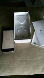 Apple iPhone 6s unlocked & case as new. 64gb. Still in warranty