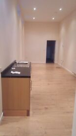2 Bedroom Flat - £570pm - Great Transport links