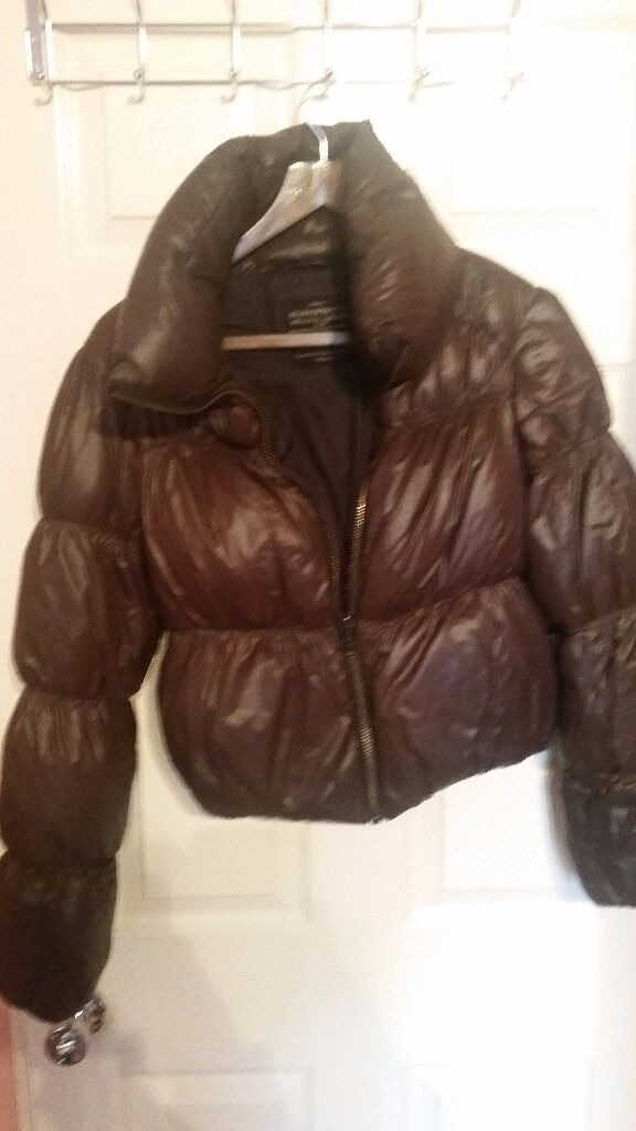 """New woman down jacket ALLSAINTS paid last year 300i sell only39in Hackney, LondonGumtree - New woman down jacket ALLSAINTS paid last year 300£ i sell only £39 size 8 We re leaving london, and you can check all my brand items in """"SEE ALL ADS"""" close my number, a lot of stuff, me and my wife are working from 15 years in fashion show. No..."""