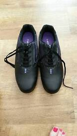 For sale golf shoes