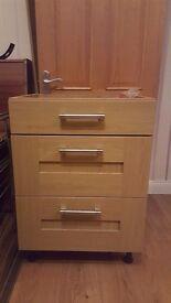 3 drawer kitchen unit 600 wide