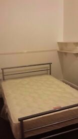 £325pcm - Private Studio Furnished Includes Bills(Deposit Required)