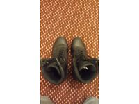 Excellent Condition Magum Panther Size 8 Boots Perfect For Hiking, Police Or Military Use