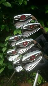 Taylor Made R 11 Irons- 4 to PW - pristine condition